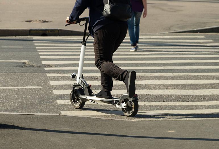 donde pueden circular patinetes eléctricos madrid